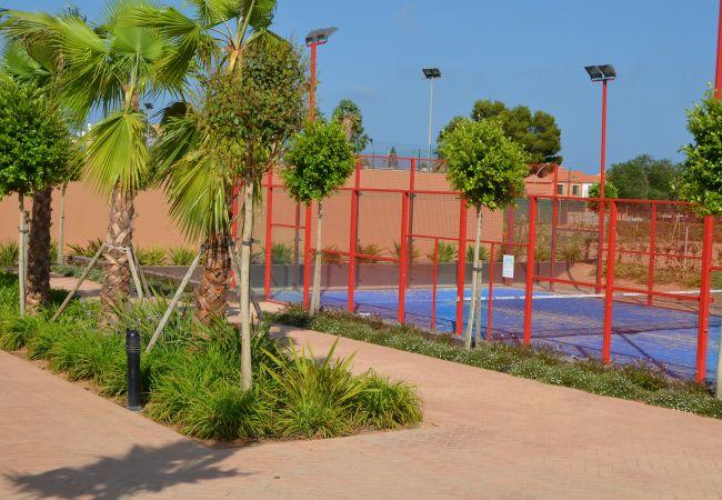 Club de padel y tenis cerca del apartamento - Resort Choice