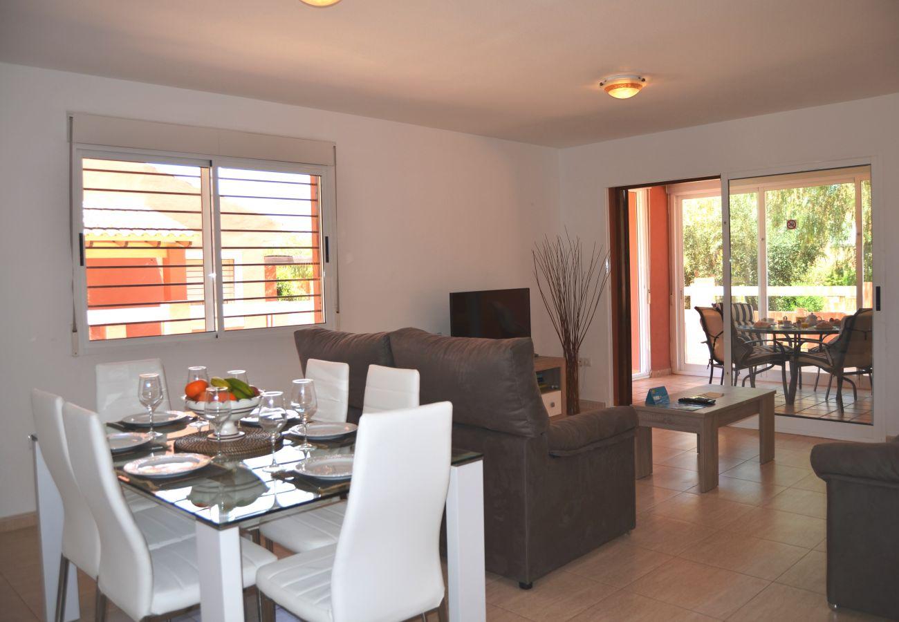 Gran salón en un apartamento en Mar de Cristal de Alquileres Resort Choice