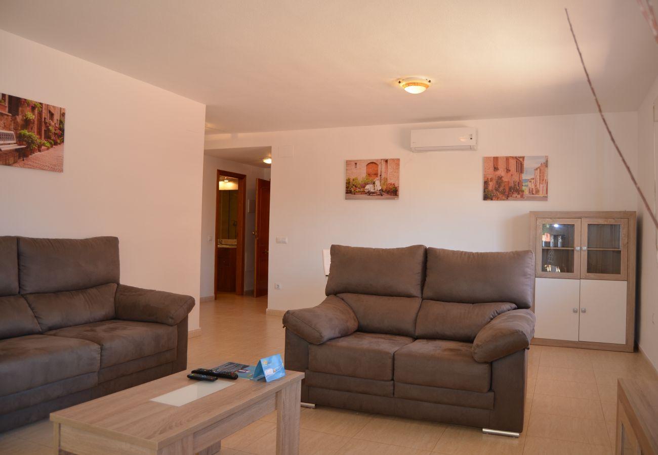 Salón amueblado en apartamento en alquiler - Resort Choice