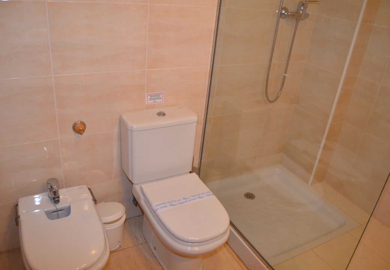 Gran baño con plato de ducha - Resort Choice
