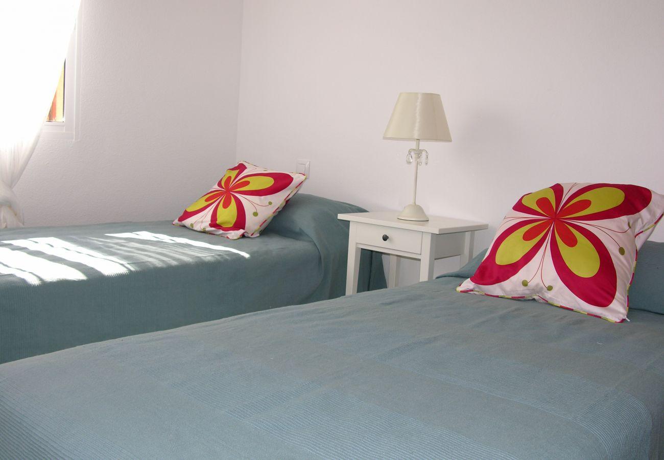 Dormitorio 2 camas individuales - Resort Choice