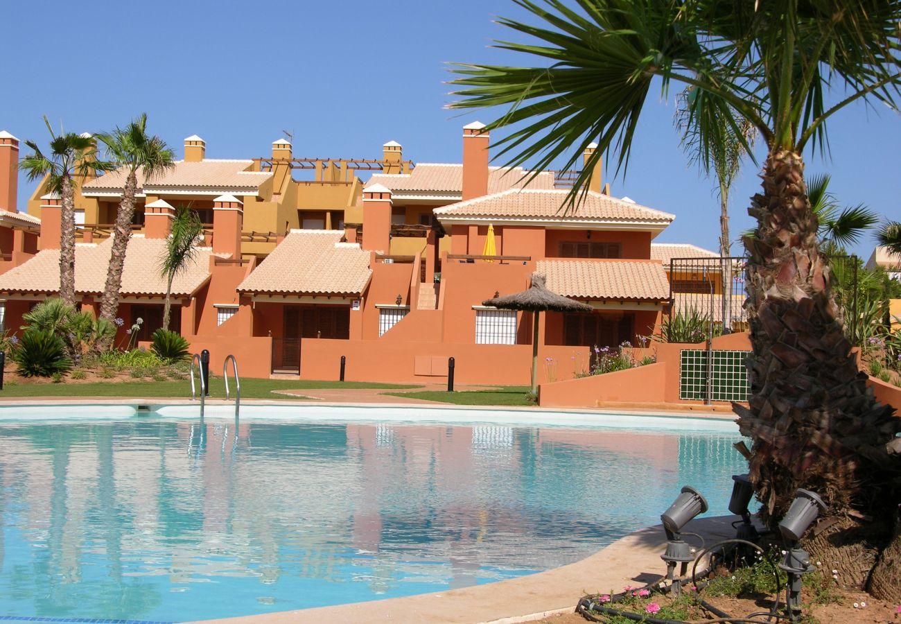 Ático con piscina comunitaria - Resort Choice