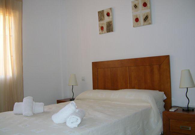 Gran dormitorio con cama doble - Resort Choice