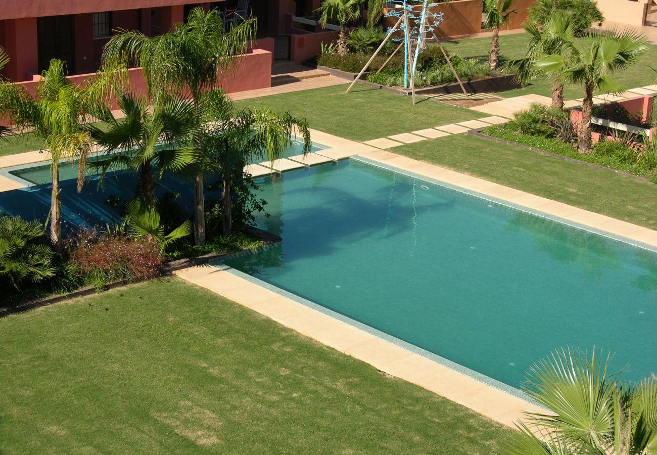 Urbanización Arona con gran piscina comunitaria - Resort Choice