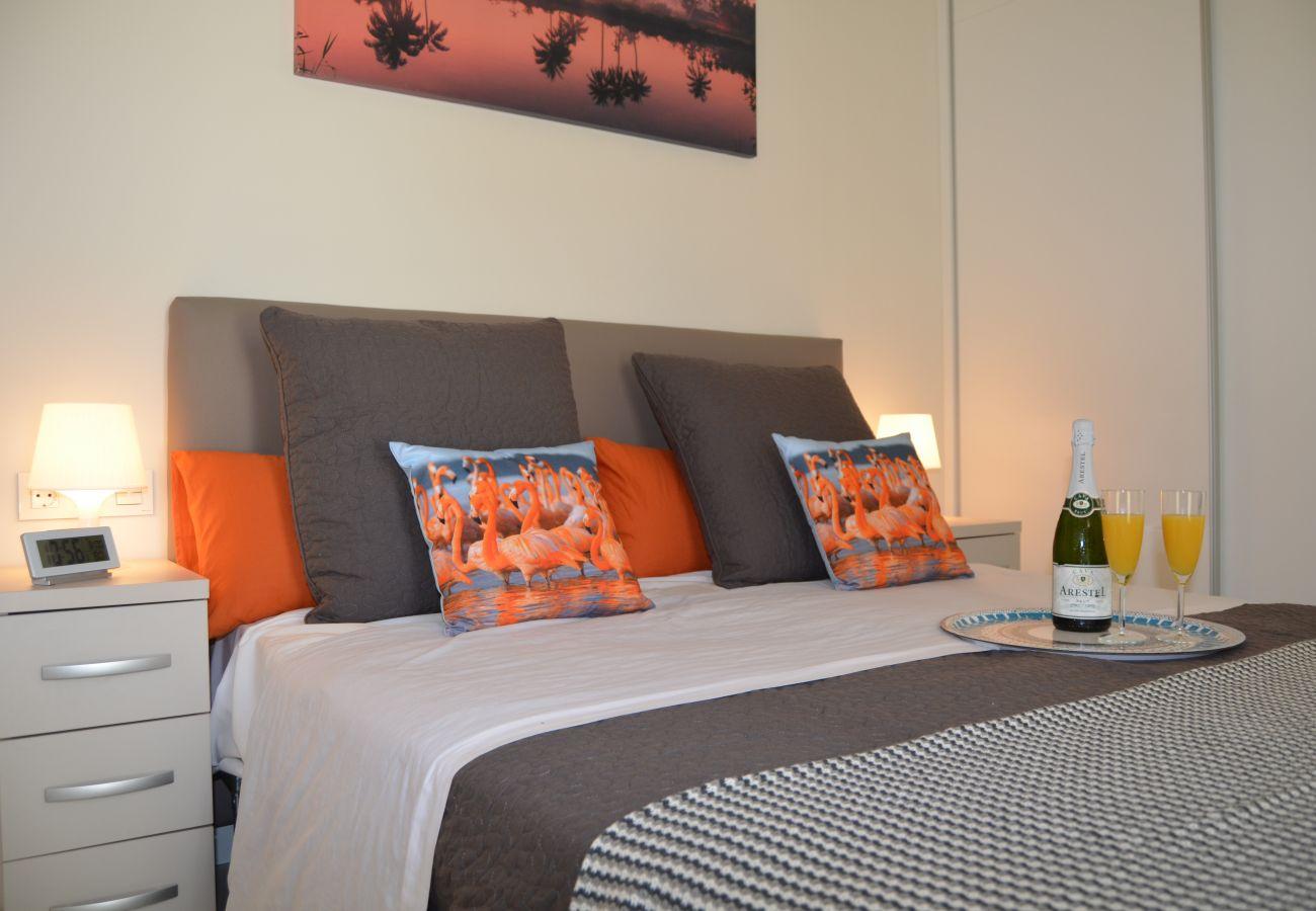 Precioso apartamento con dormitorio doble bonito y moderno