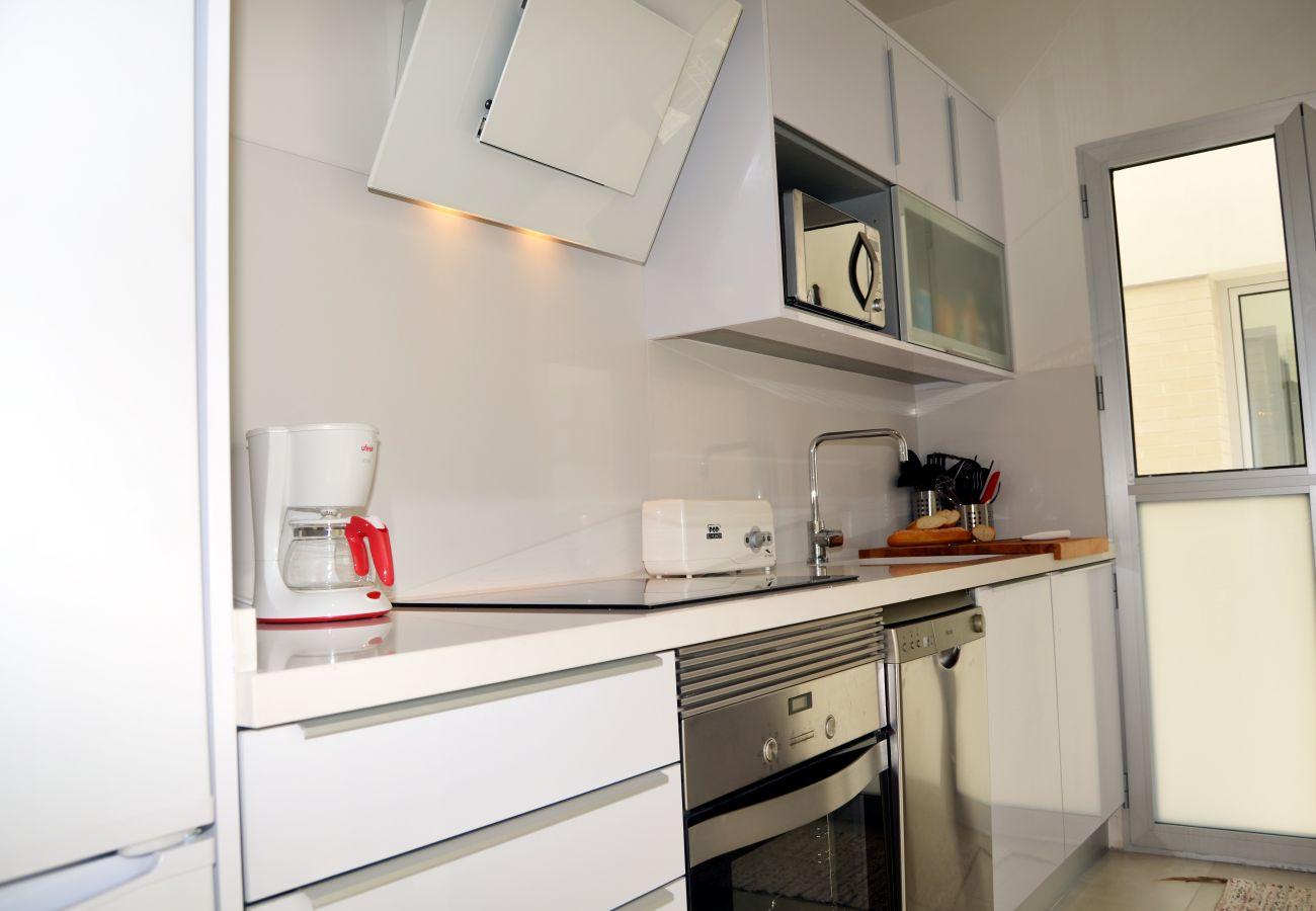 Apartamento en Santiago de la Ribera con gran cocina moderna