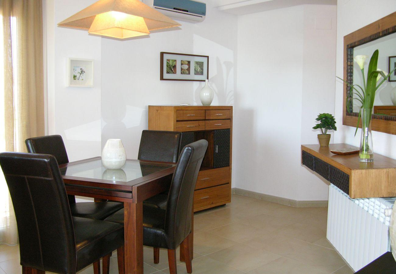 Apartamento en Hacienda Riquelme con bonito y cómodo comedor