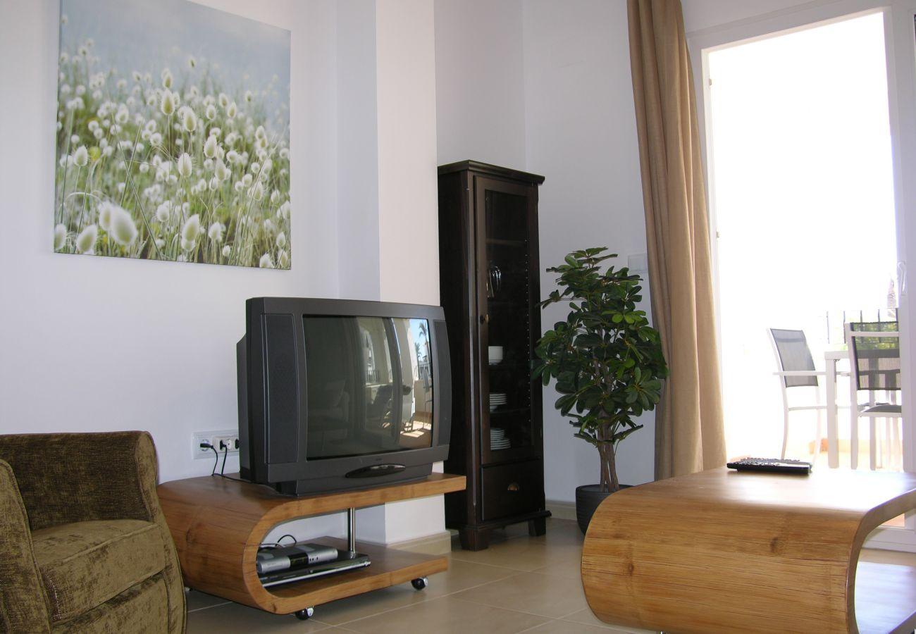 Apartamento en Hacienda Riquelme con precioso salón