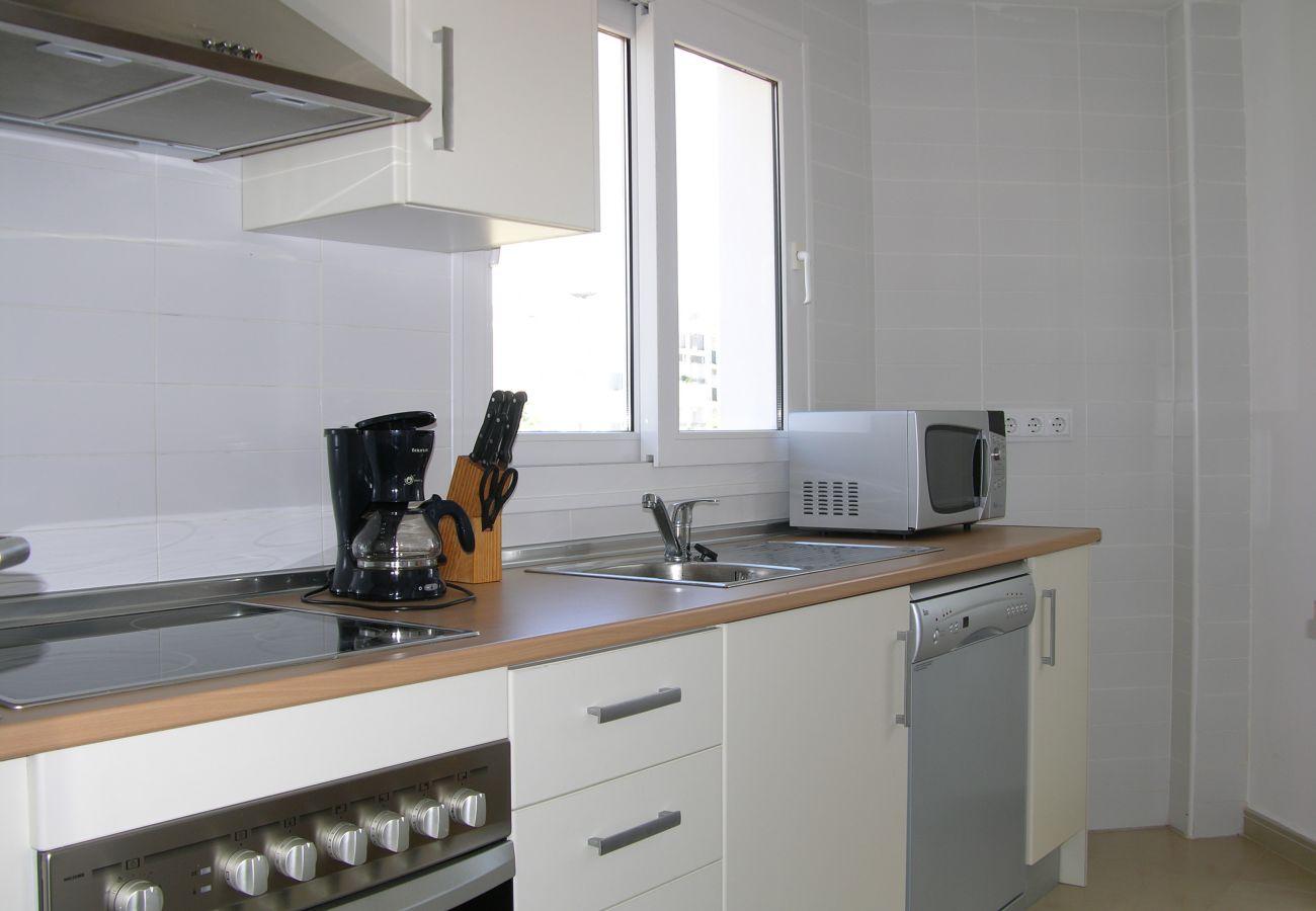 Apartamento en Hacienda Riquelme con bonita y moderna cocina