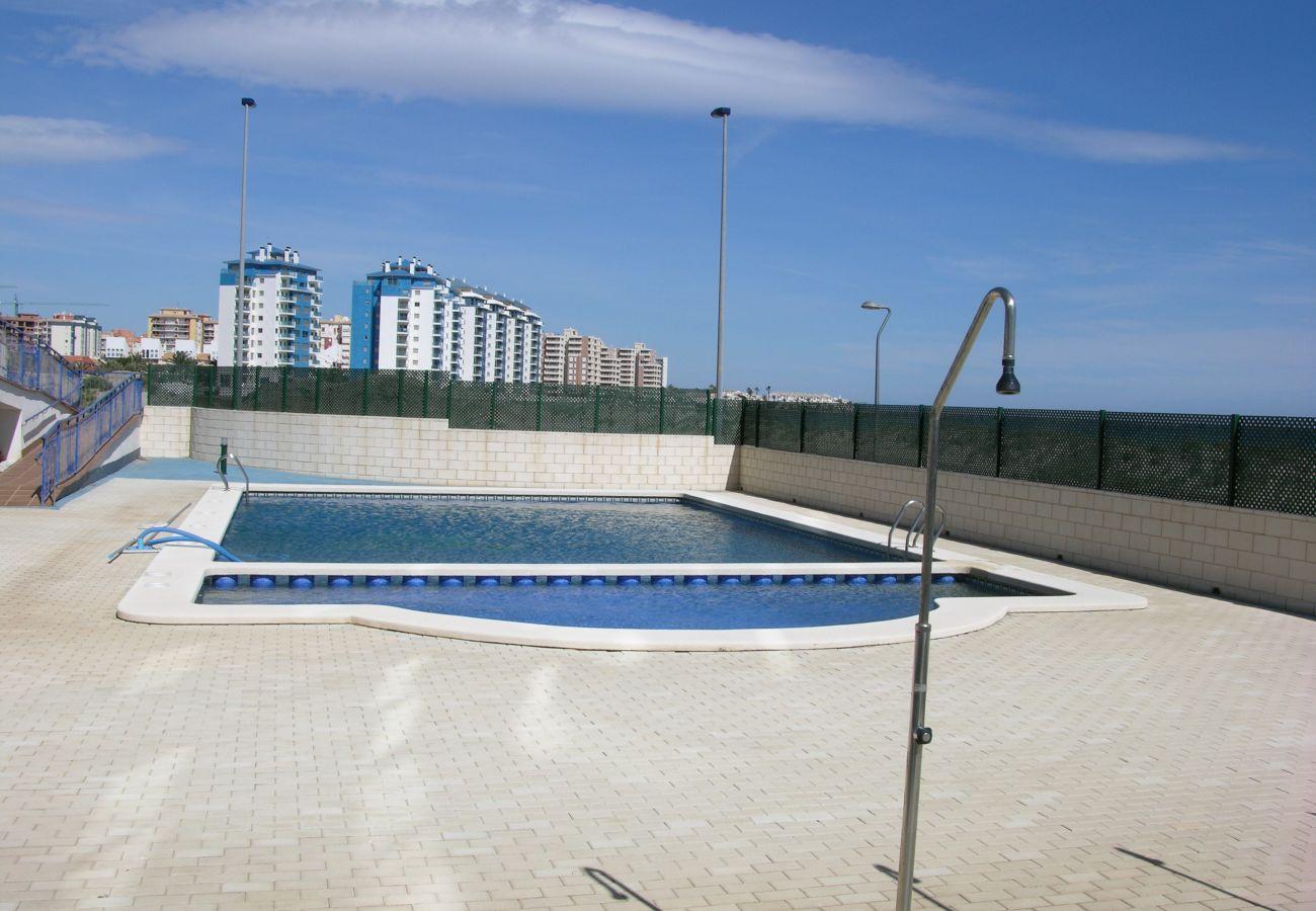 Apartamento en Libertad Dos Playas con bonita piscina
