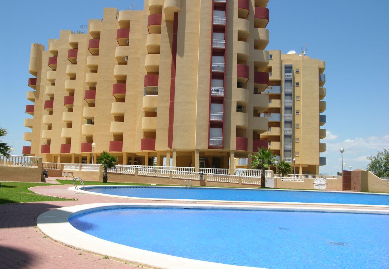 Apartamento en Los Miradores del Puerto con piscina grande - Resort Choice