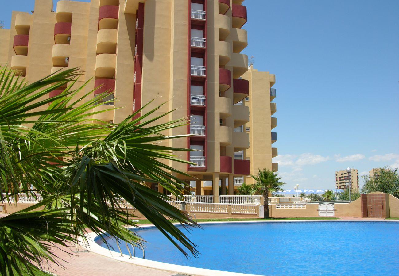 Piscina grande y bonita en Los Miradores del Puerto - Resort Choice
