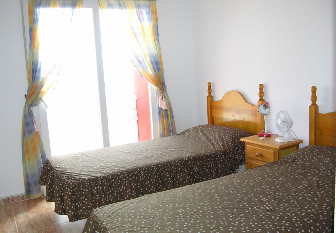 Dormitorio de 2 camas amplio con bonito interior - Resort Choice