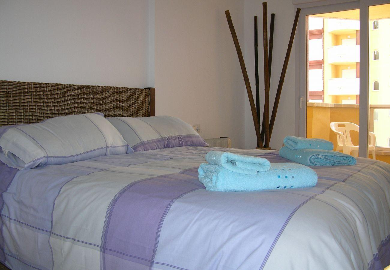 Dormitorio con cama doble - Resort Choice