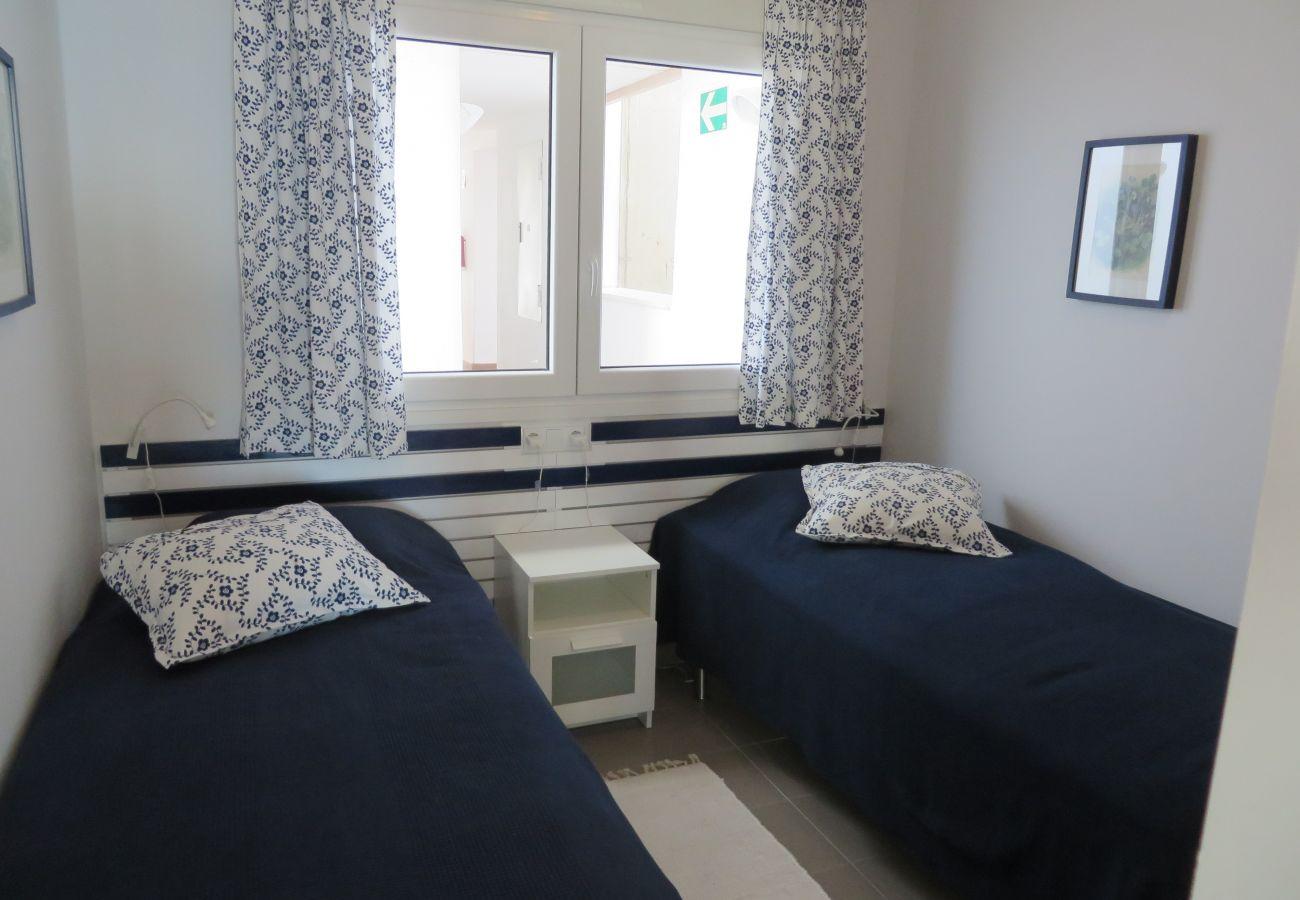 Gran dormitorio con 2 camas - Resort Choice