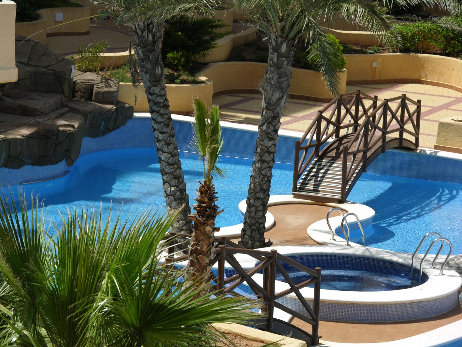 Apartamento con vistas al mar y a la piscina en Verdemar