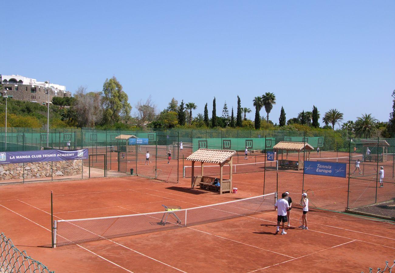 Pista de tenis en La Manga Club - Resort Choice
