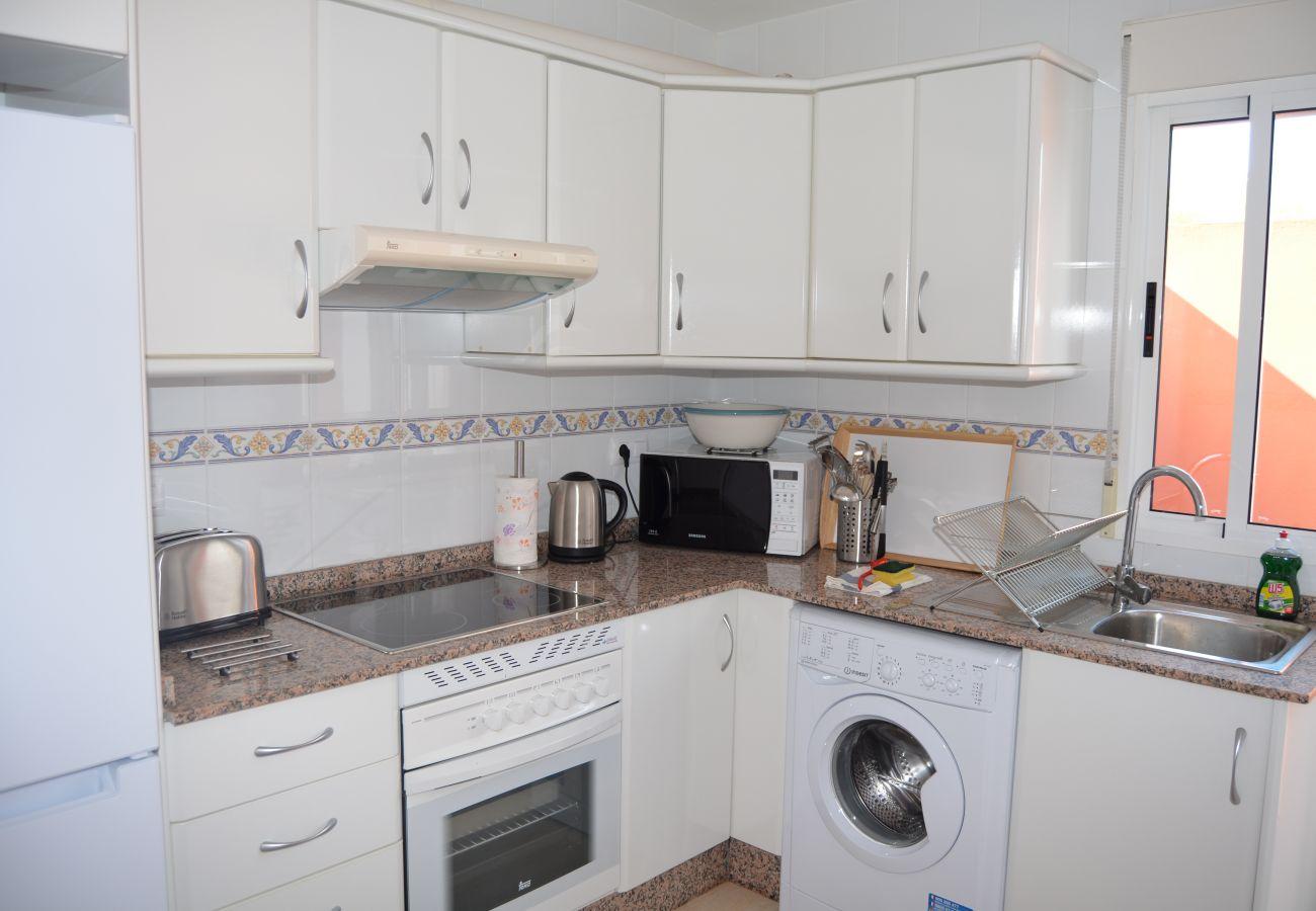 Cocina con electrodomésticos modernos - Resort Choice