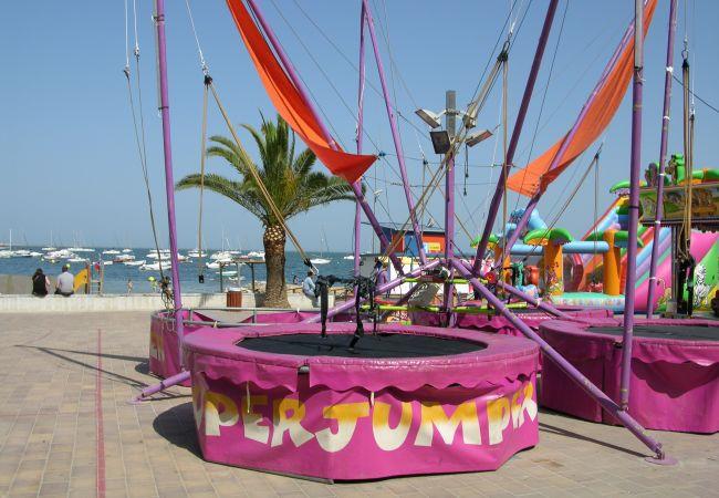 Feria infantil de verano en Santiago de la Ribera