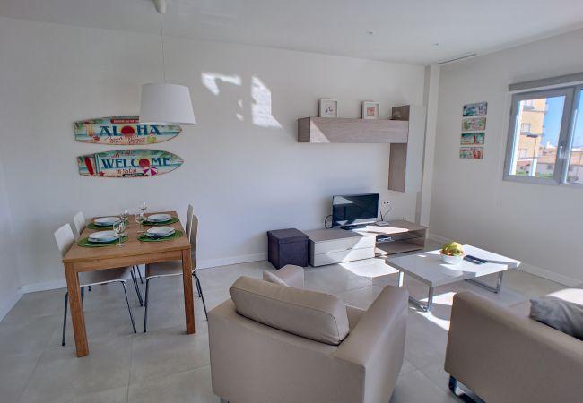 Precioso apartamento con comedor grande y moderno