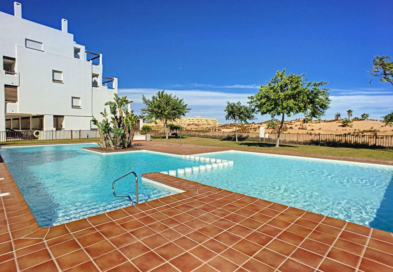 Preciosa piscina en apartamento Andrea en Las Terrazas de La Torre